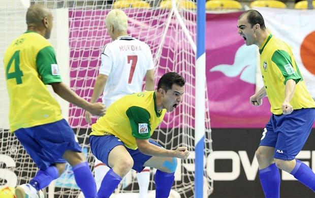 Brasil estreia com goleada sobre o Japão no Mundial de Futsal ... 1763aaf861756