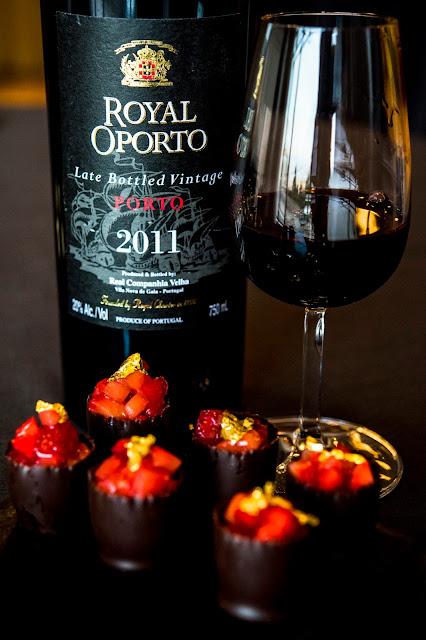 Royal Oporto Late Bottled Vintage 2011 Snobinette de chocolate negro, ganache e frutos vermelhos