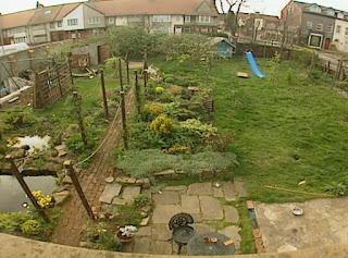 Annabel Waynne Jones garden