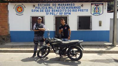 Moto roubada em Vargem Grande é recuperada em São Benedito do Rio Preto