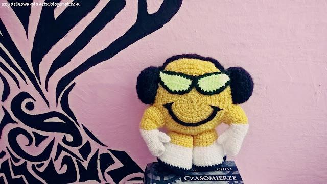 smiling face szydełko