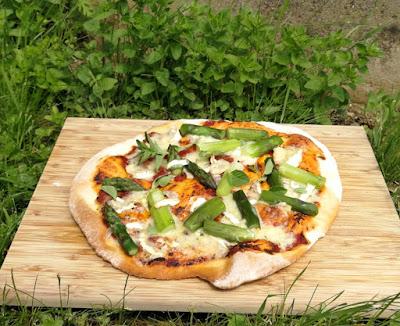 Tiefkühlpizza selbstgemacht (mit Variationen)