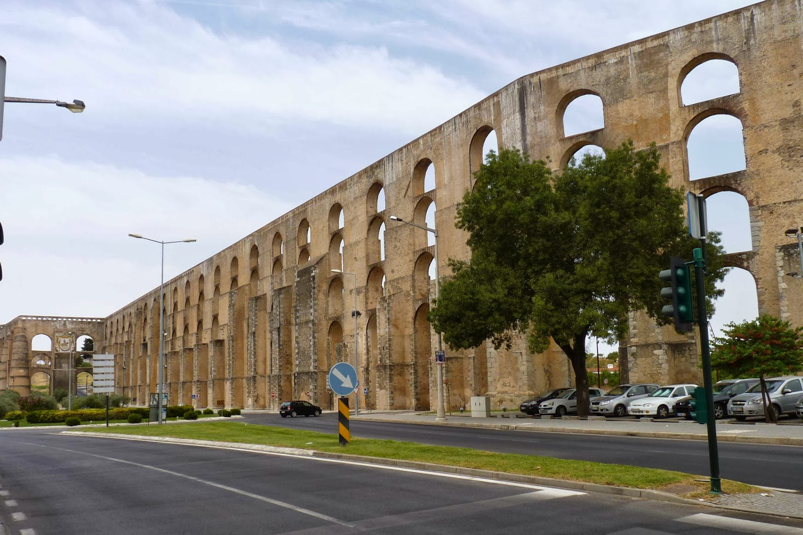 Elvas, acueducto da Amoreira.