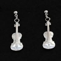 http://shop.xviolins.com/es/pendientes-plateados-violin.html