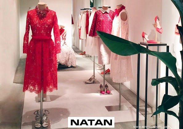 Queen Maxima in NATAN lace dress in red