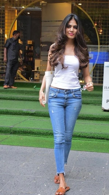 Actress Malavika Mohanan Latest Photos