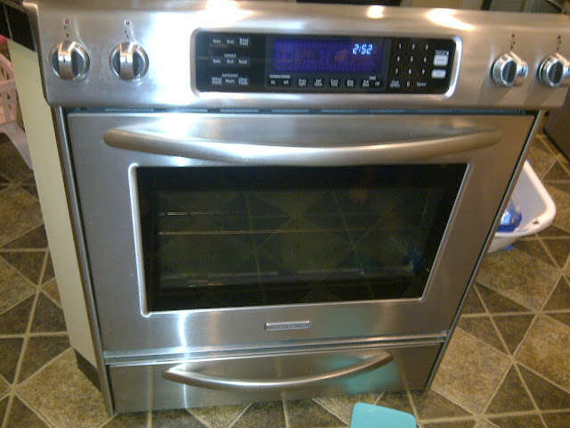 Cleaning Your Oven Safely, in Less Time