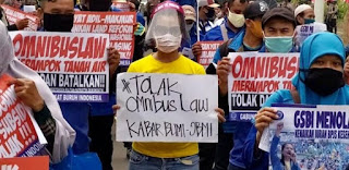 Lusa Ini Presiden Akan Tandatangani UU Ciptaker, Serikat Pekerja se-Indonesia Bakal Turun Lagi ke Jalan