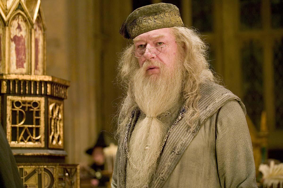 Albus Dumbledore, Fantastyczne zwierzęta, Zbrodnie Grindelwalda