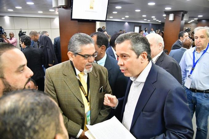 Delegados políticos piden a JCE impresión nuevamente de todas las boletas electorales