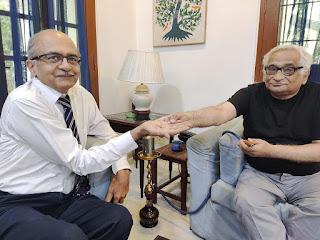 one-rupees-fine-to-prashant-bhushan