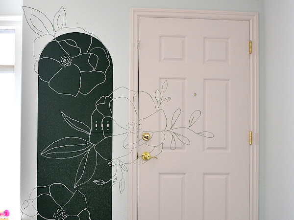 How to Paint a Floral Mural with a Projector