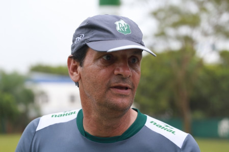 Presidente crucifica goleiro e técnico pede para sair do Rio Preto