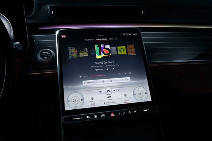 Mercedes S-Class 2021 thay toàn bộ nút bấm bằng màn hình