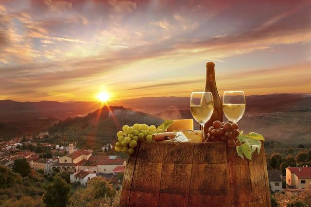 Tour clássico por Chianti com prova de vinhos e jantar
