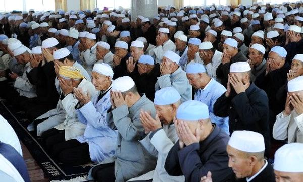 Masya Allah. Di Daerah Ini Orang Islam Tak Boleh Menamai Anak Dengan Nama Islami