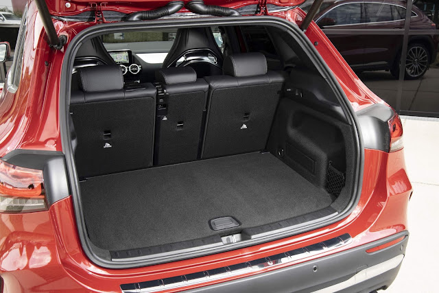 Mercedes AMG GLA 35 4MATIC