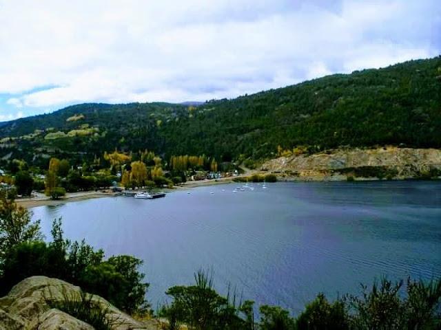 www.viajaportodoelmundo.com   Puesto de San Martín de los Andes