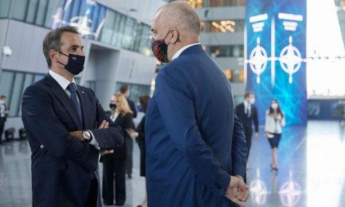 Με τον Πρωθυπουργό της Αλβανίας, Έντι Ράμα, συναντήθηκε ο Πρωθυπουργός Κυριάκος Μητσοτάκης στο περιθώριο της Συνόδου Κορυφής του ΝΑΤΟ στις Βρυξέλλες.