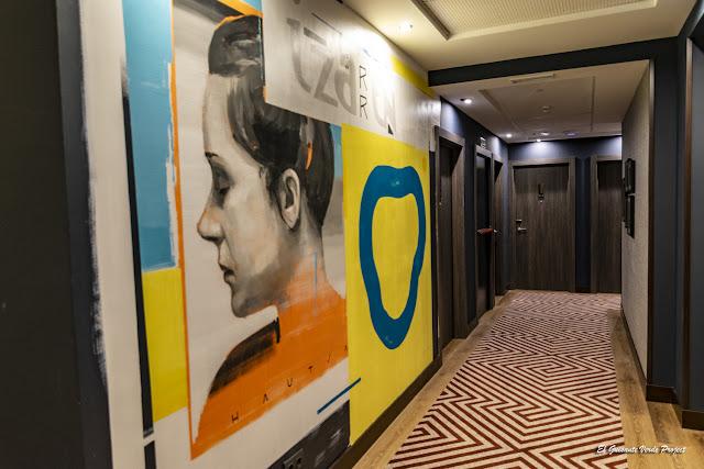 Mural del Hotel NYX Bilbao, por El Guisante Verde Project