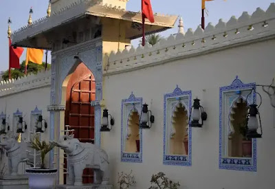 jag mandir udaipur in hindi