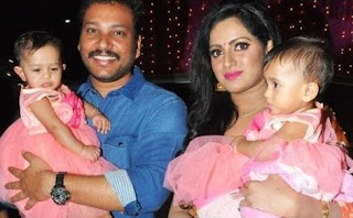 Anchor Udaya Bhanu Age Height Biography Marriage Family Photos