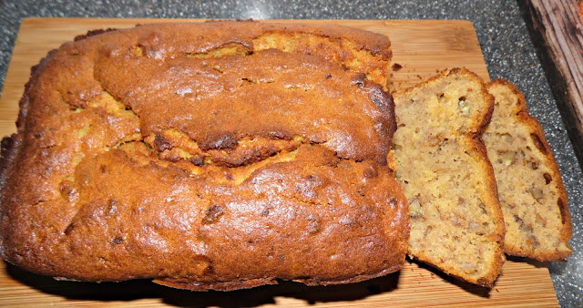 banana, honey and walnut tea loaf