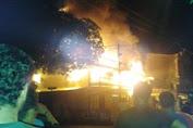 Minggu 10/7  Dinihari Kebakaran Di Jalan Veteran Benteng Selayar
