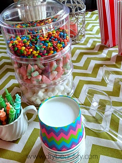 candy tower www.diybeautify.com