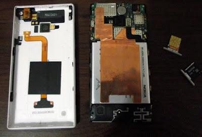 Nokia Lumia 720 aberto