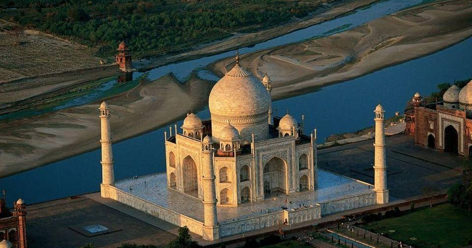 Image result for construction of Taj Mahal