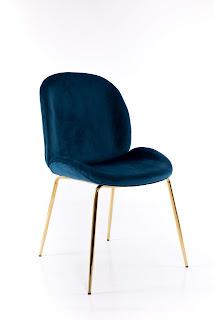 silla tapizada azul actual