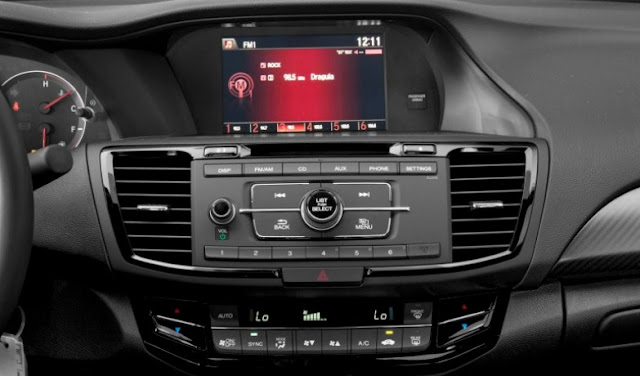 honda-accord-sport-se-center-settings-buttons-and-display-screen