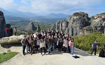 Επί 55 χρόνια εκπαιδεύει «πρέσβεις» της Ελλάδας