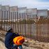 Corte Suprema decidirá sobre legalidad de política de Trump que deja a migrantes en México