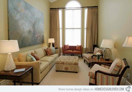 phòng khách nhỏ nhắn nhưng đem lại cảm giác ấm cúng và thoải mái.