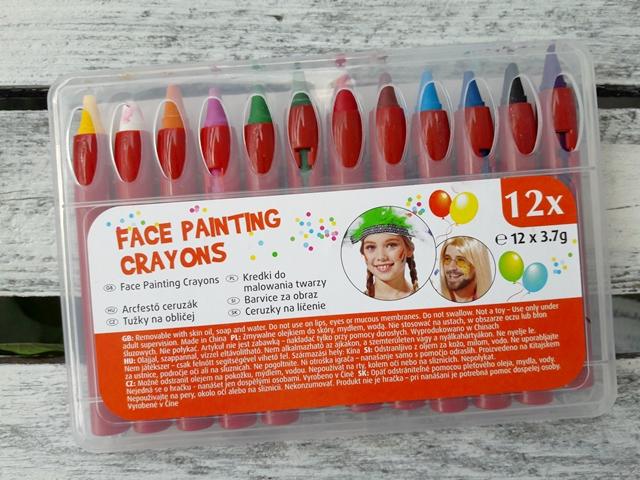 malowanie twarzy kibicowi