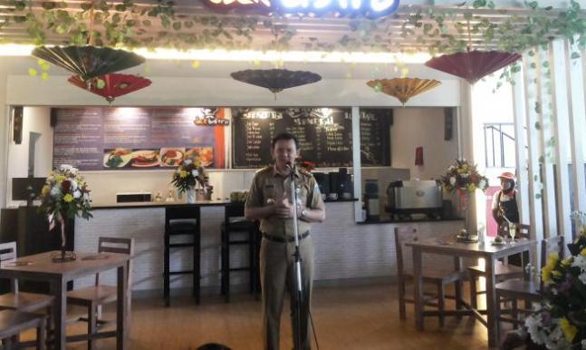"""Ahok Luncurkan Konsep Kafe untuk """"Hangout"""" di Trotoar Sudirman-Thamrin"""
