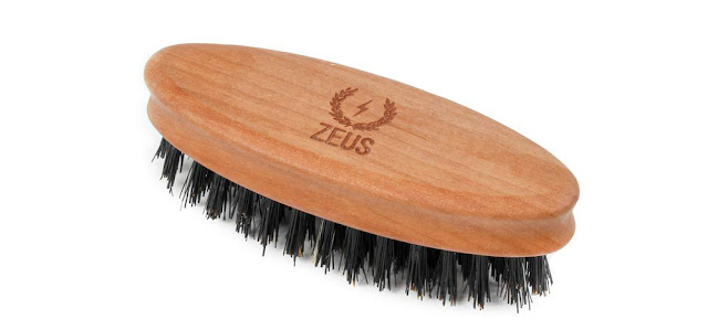 Zeus boar bristle pocket beard brush
