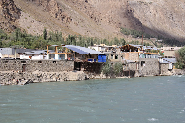Tadjikistan, Haut-Badakhshan, Pamir, Khorog, Gunt, © L. Gigout, 2012