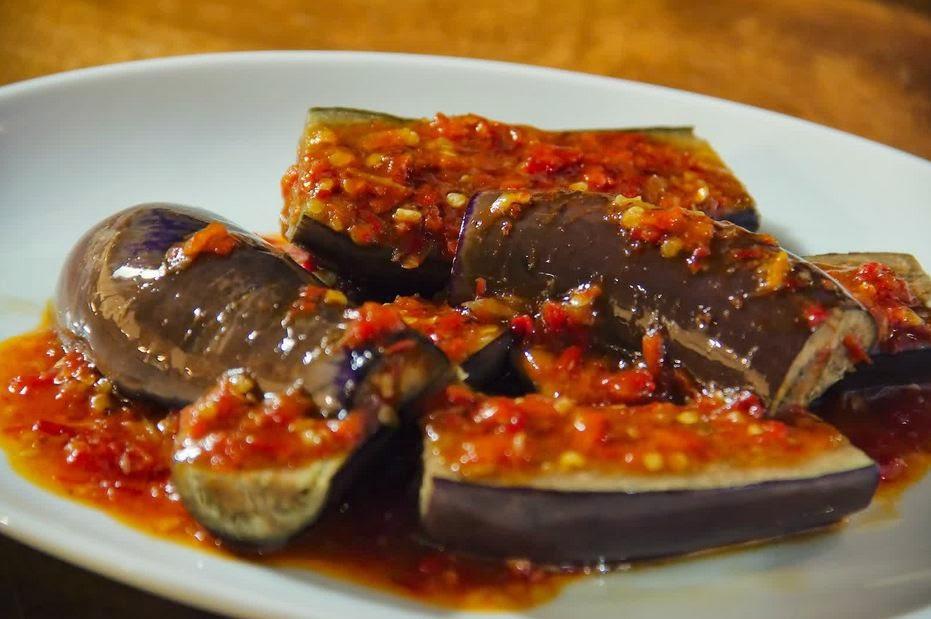 resep terong ungu sambal balado pedas enak resep masakan sehari hari terbaru Resepi Ayam Masak Merah Indonesia Enak dan Mudah