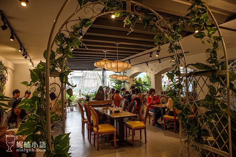 【高雄美食】BT蝴蝶餐廳。叢林系網美餐廳