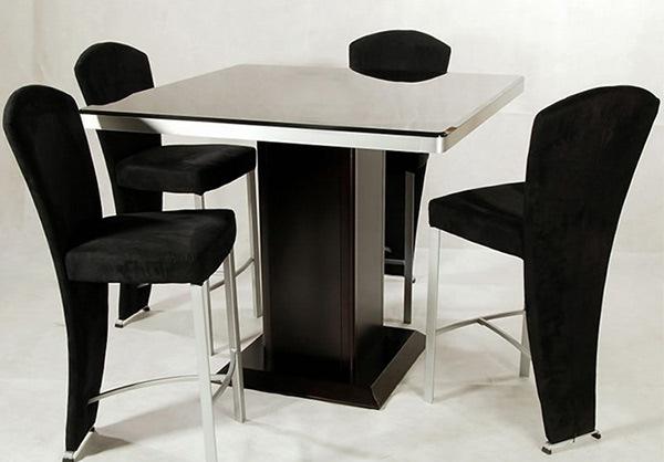 Ada desain yang mempunyai aneka macam warna dan nada lembut Desain Meja dan Kursi Makan Berukuran Tinggi