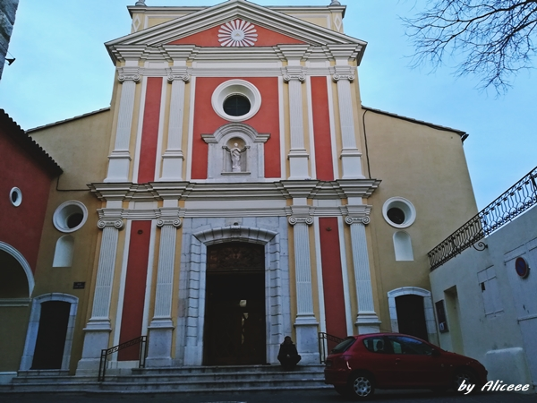 Catedrala Notre Dame de la Platea
