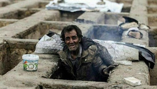 Di Negara Syiah Iran, Puluhan Warga Miskin Tinggal di Bekas Kuburan