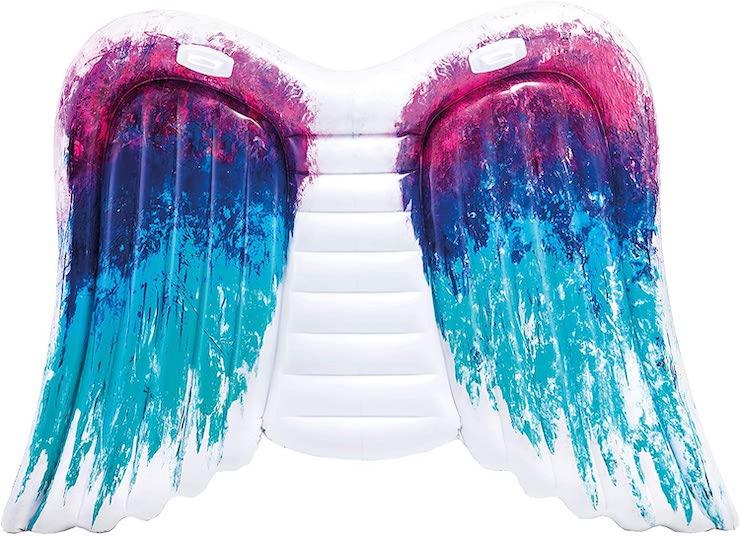 Flotador colchoneta con forma de alas de Ángel.