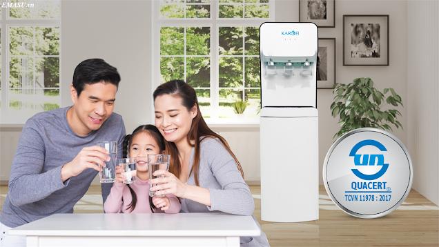 Cây nước nóng lạnh hút bình Karofi HC18 làm lạnh bằng: Block với ba vòi lấy nước Nóng - Lạnh - Thường riêng biệt