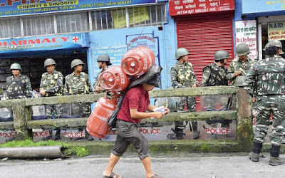 Darjeeling unrest during Gorkhaland agitation