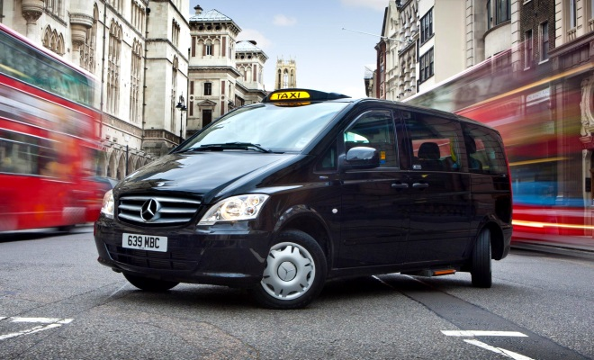 Mercedes Vito Taxi with rear wheel steer
