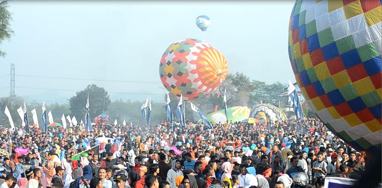 Balon Udara Tradisional Di Wonosobo Di Legalkan